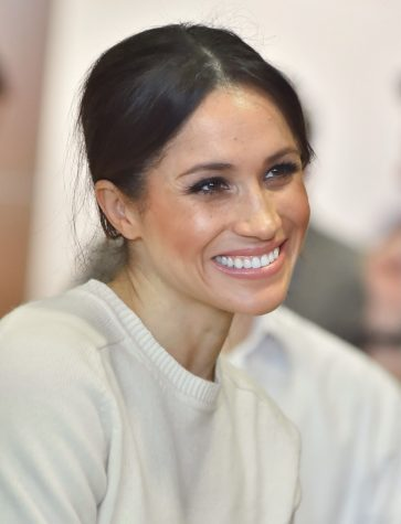 Meghan Markle Announces Pregnancy with First Child